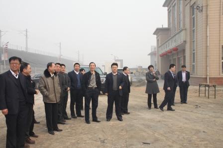 义煤集团_董事长,党委书记,总裁路斗恒在义煤公司慰问拜年
